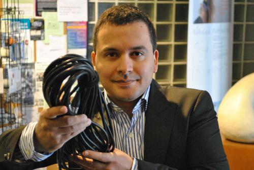 L'investigador Edgar Franco, del Centre Català del Plàstic