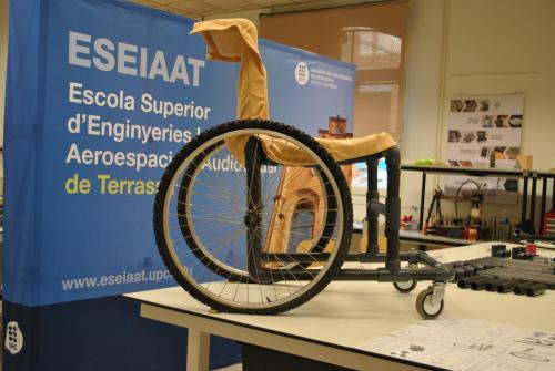 La silla de ruedas low cost de Bernat y Adrià